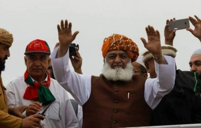 Firebrand cleric-cum-politician appointed as head of anti-government alliance in Pakistan