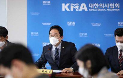 Singapore halts usage of SouthKorean flu vaccine as precaution