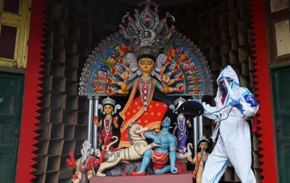 Fight against coronavirus theme of Md Ali Park Durga Puja