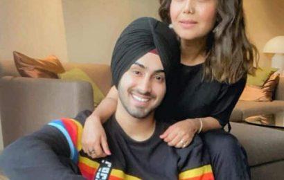 Neha Kakkar and Rohanpreet Singh FINALLY profess their love for each other – view posts