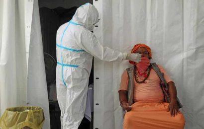 Delhi should prepare for 15,000 daily Covid-19 cases during winter: Report