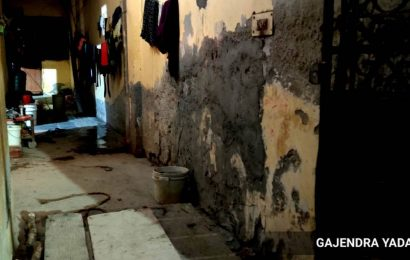Delhi: Man dies cleaning septic tank, homeowner trying to save him