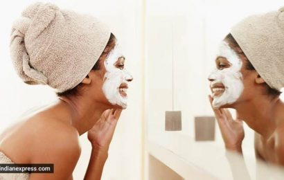 Blackheads? Try this super easy DIY face mask