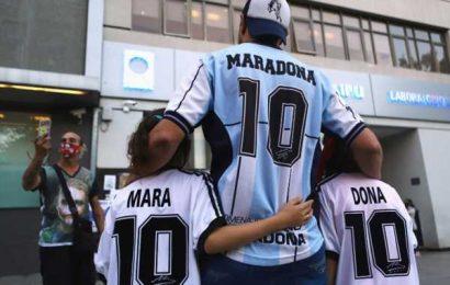 Maradona sedated to help ease withdrawal symptoms