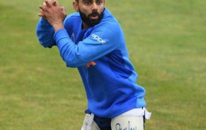 Kohli loves 'Test cricket practice sessions'
