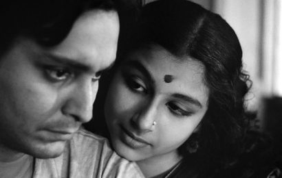 Discovering the charming Soumitra Chatterjee
