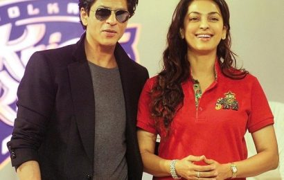 When birthday girl Juhi Chawla DISCLOSED Shah Rukh Khan's simple eating habits, which makes you admire him even more