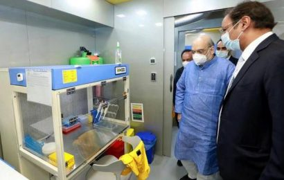 Amit Shah opens mobile testing lab in Delhi