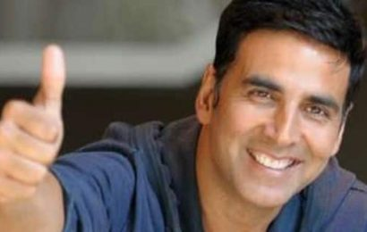 Akshay Kumar adds Mudassar Aziz's whacky-comedy to his list of upcoming projects; in talks for about 10 films