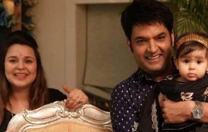 Diwali 2020: Kapil Sharma shares pictures with Anayra and family and their twinning game is on point