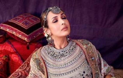 Malaika Arora dishes out Chaiyya Chaiyya vibes in her latest outfit – view pics