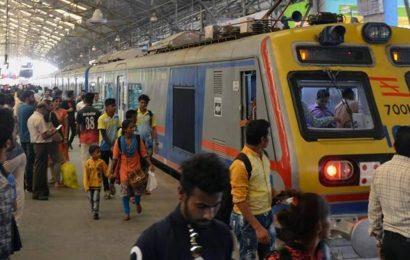 Mumbai: Railways allows teachers to use local trains