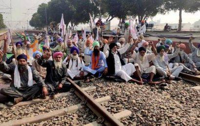 Farmers vow to come to Delhi for protest despite police refusing permission
