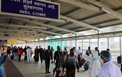 45 passengers undergo Covid-19 test at Pune airport on arrival