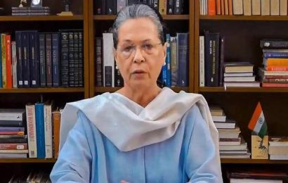 Air pollution | Sonia Gandhi shifts to Goa on medical advice