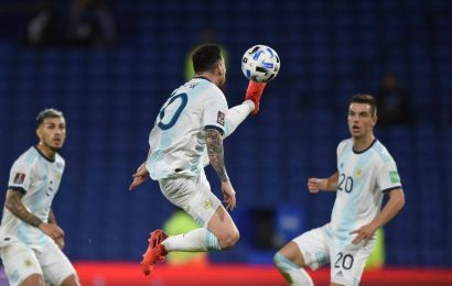 Scaloni calls for VAR review after Messi goal chalked off