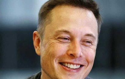 Elon Musk replies to question on how people will live on Mars. Any guesses?