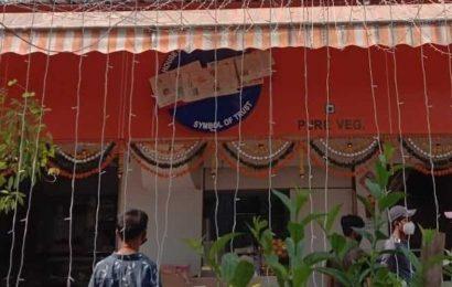 After Sena leader's 'nudge', Mumbai man covers 'Karachi' on sweet shop's name