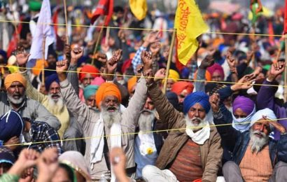 Punjab farmer unions meet to decide on Centre's early talks offer