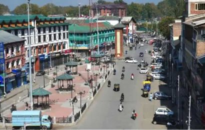 J&K govt annuls Roshni Act, to retrieve land within six months