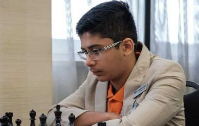 Young Indian player Leon Mendonca wins in Hungary, earns second GM norm
