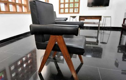 48 chairs reported missing:PUpanel wants heritage furniture identified