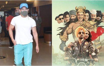 Aamir Khan watches Suraj Pe Mangal Bhari at a cinema hall