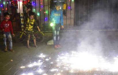 Covid-19 guidelines go up in smoke during Diwali in Thane, Ulhasnagar, noise pollution spikes