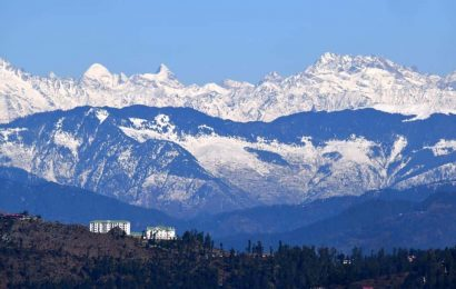 Cold wave continues in Himachal, Keylong shivers at minus 9.9°C