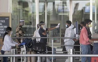 News updates from Hindustan Times at 9 PM: Airlines to raise flight operations capacity to 70% as per Govt orders and all the latest news