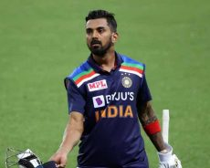 'I would not agree when you say they are struggling': KL Rahul defends Indian bowlers