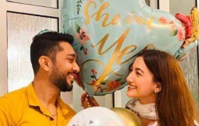 She said 'Yes'! Gauahar Khan gets ENGAGED to Zaid Darbar – view pics