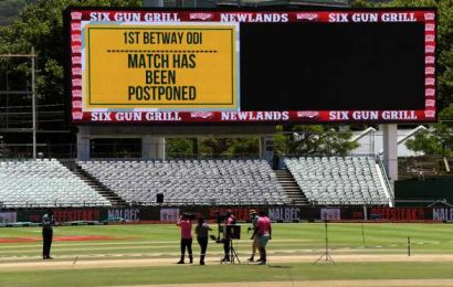 England-SA 1st ODI abandoned after positive COVID-19 cases