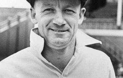 Bradman's 'baggy green' sold for $340,000