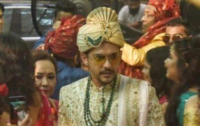 FIRST PICS! Aditya Narayan looks dapper as he brings his baraat to marry Shweta Agarwal