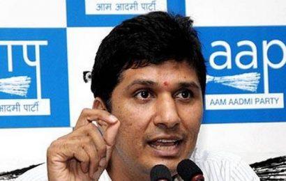 'BJP is threatening safai karamcharis to join stir'