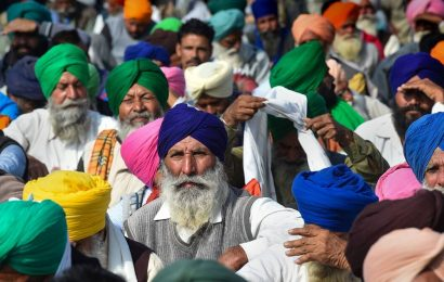Farmers' protests: Union leaders up the ante with daylong hunger strike; Tomar repeats, govt ready for talks