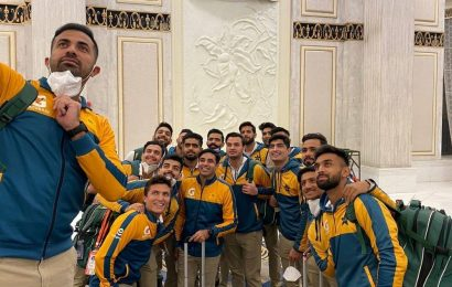 Eighth member of Pakistan touring squad tests positive for COVID-19