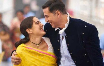 Atrangi Re: Akshay Kumar joins Sara Ali Khan, shares first pic from sets