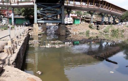 Contempt petition moved in Bombay HC against BMC for not laying sewage lines