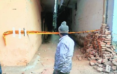 Delhi: Factory collapse in Khyala kills 4 workers