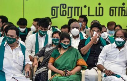 Farmers' protest:DMK, allies show support by holding day-long hunger strike in Chennai