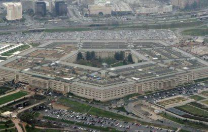 Pentagon keeps $398 billion F-35's full-rate production on hold