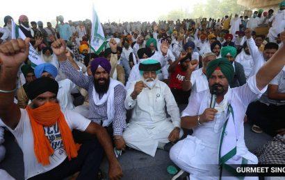 Arhtiyas shut down mandis, team to visit Delhi protest site today