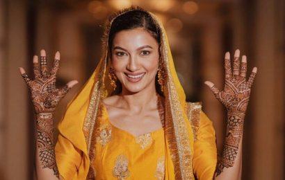 Gauahar Khan is beaming with joy in her mehendi photos
