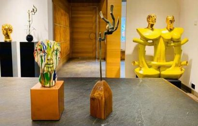 Posthumous tribute to sculptor Shivarama Chary at Hyderabad's Kadari Art Gallery