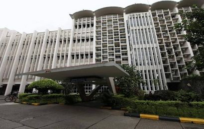 SC asks IIT-Bombay to grant interim admission to 18-year-old student