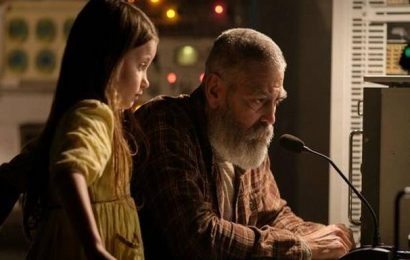'The Midnight Sky' movie review: George Clooney's grand meditation on life, the universe and everything