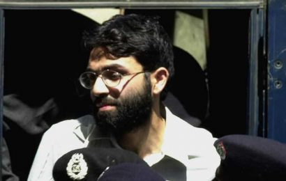 Daniel Pearl murder accused Omar Sheikh to stay in Pak jail for now