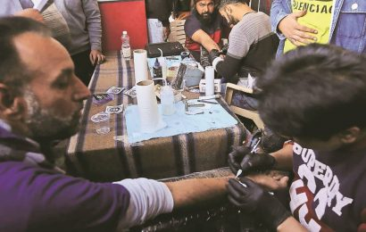 At Singhu, a tattoo stall finds many takers